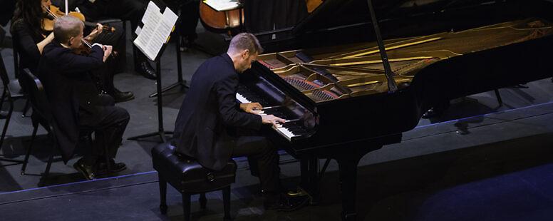Andrew von Oeyen – Winston-Salem Symphony – 70th Anniversary – 2016 Gala